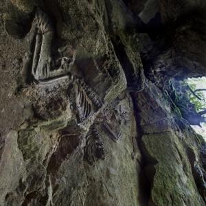 6-Grotte-de-Barles-682x1024